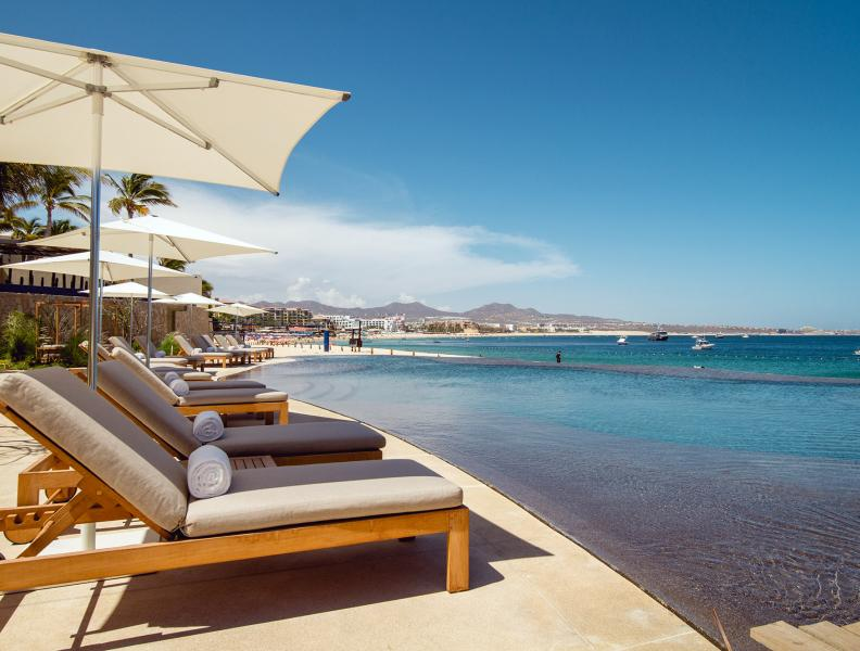 1 Homes Cabo Beachfront Pool