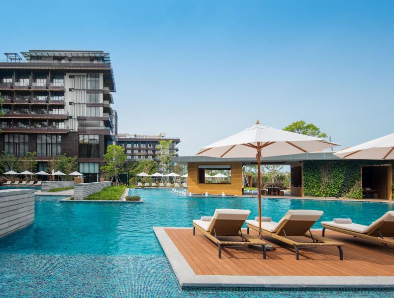1 Hotel Haitang Bay Pool