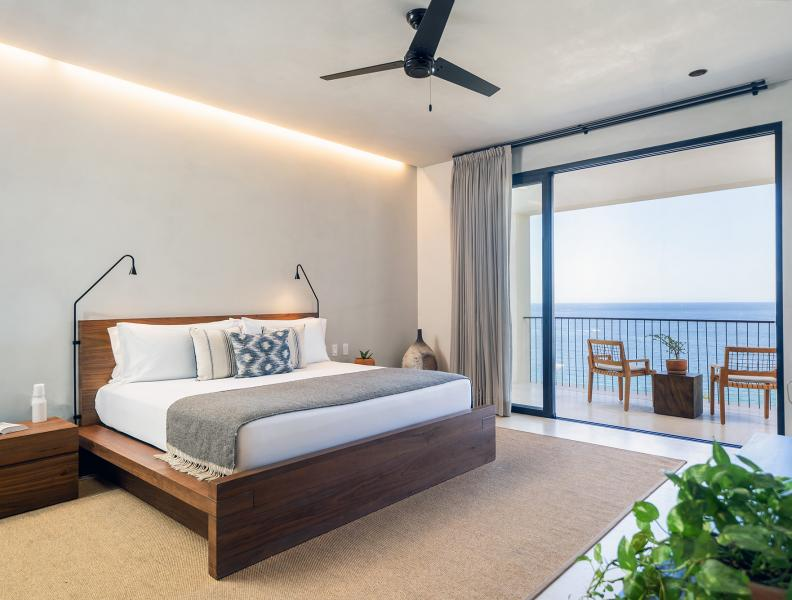 One Bedroom Ocean View Home Bedroom