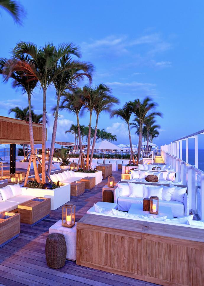 South Beach Rooftop Bar Lounge