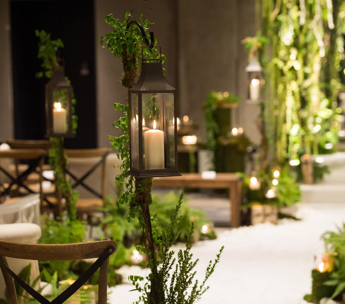 Greenery laden aisle for wedding