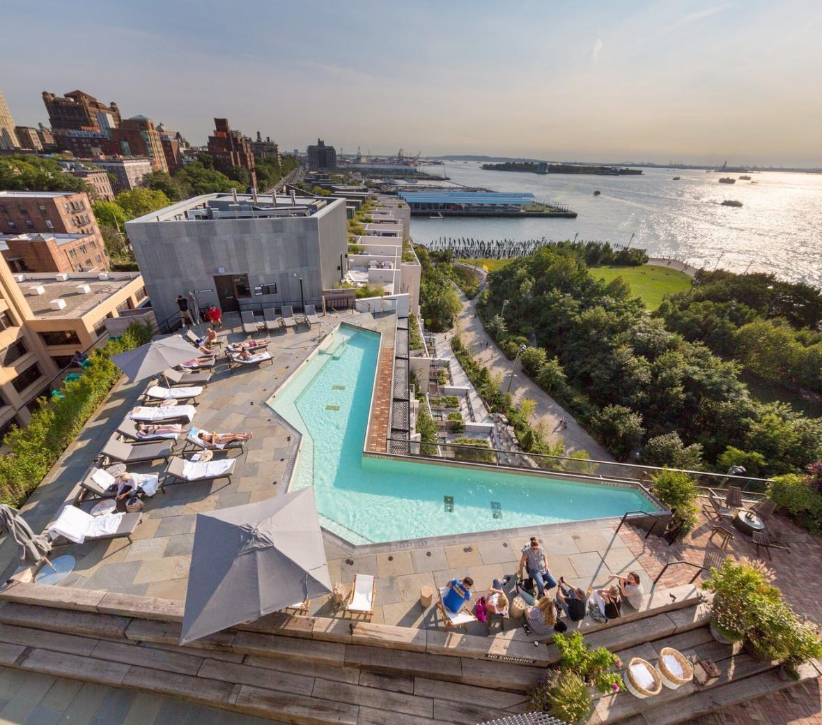 20-enticing-rooftop-bars-around-nyc