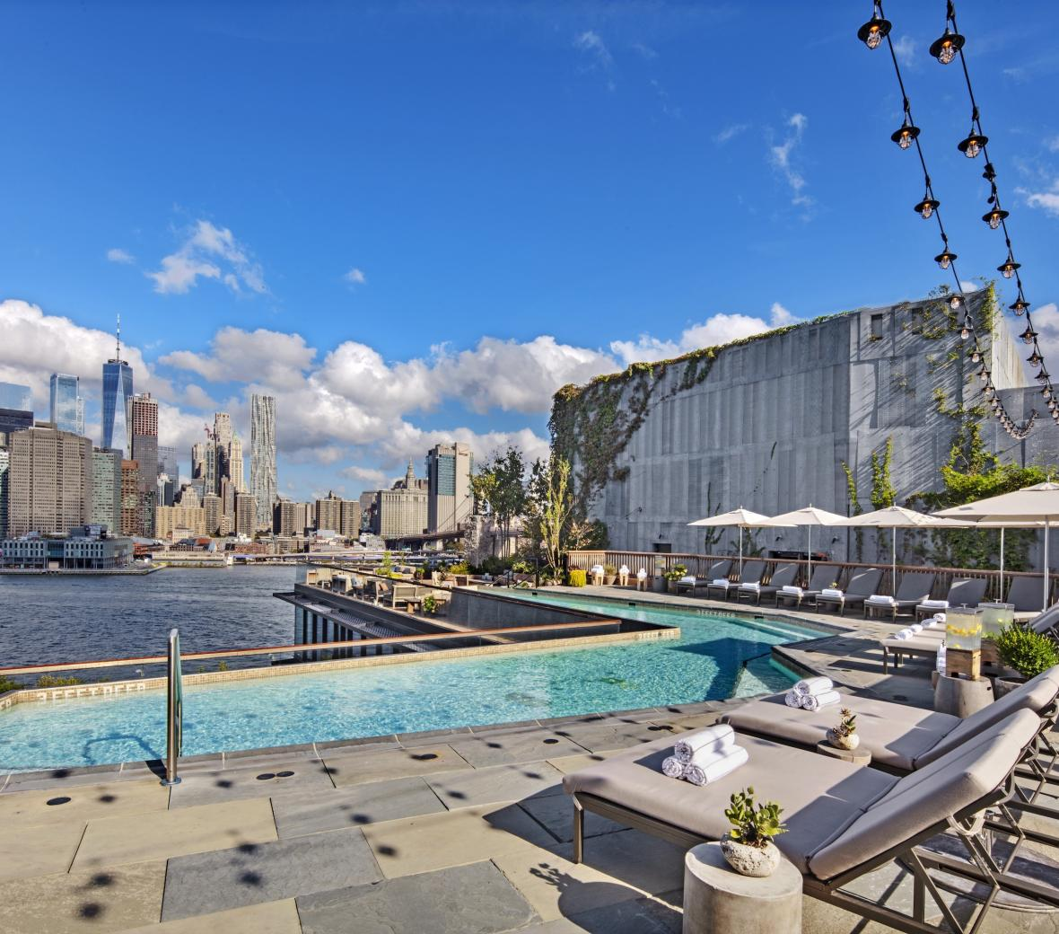 Rooftop Pool 1BB