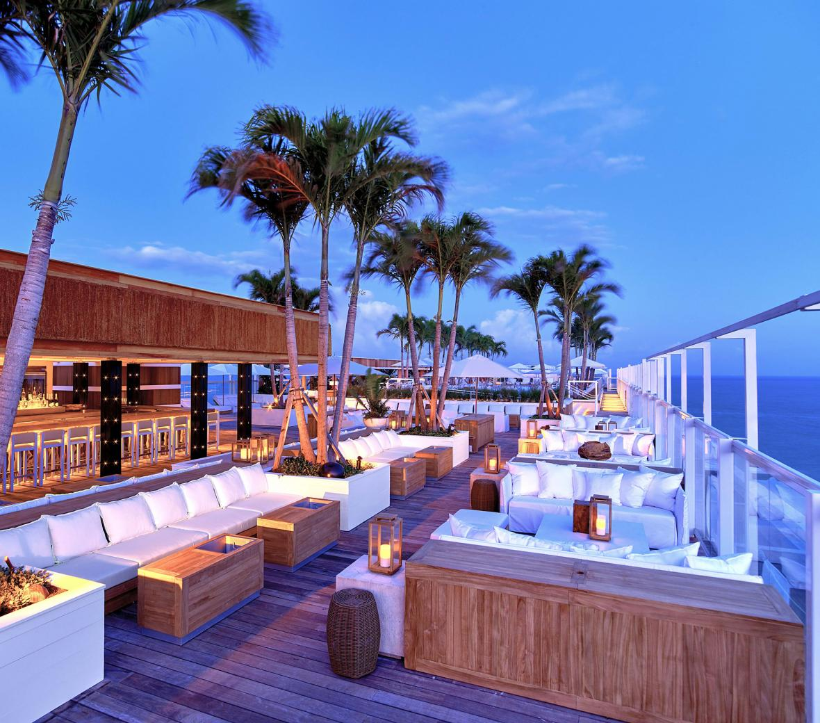 South Beach Rooftop Bar Lounge