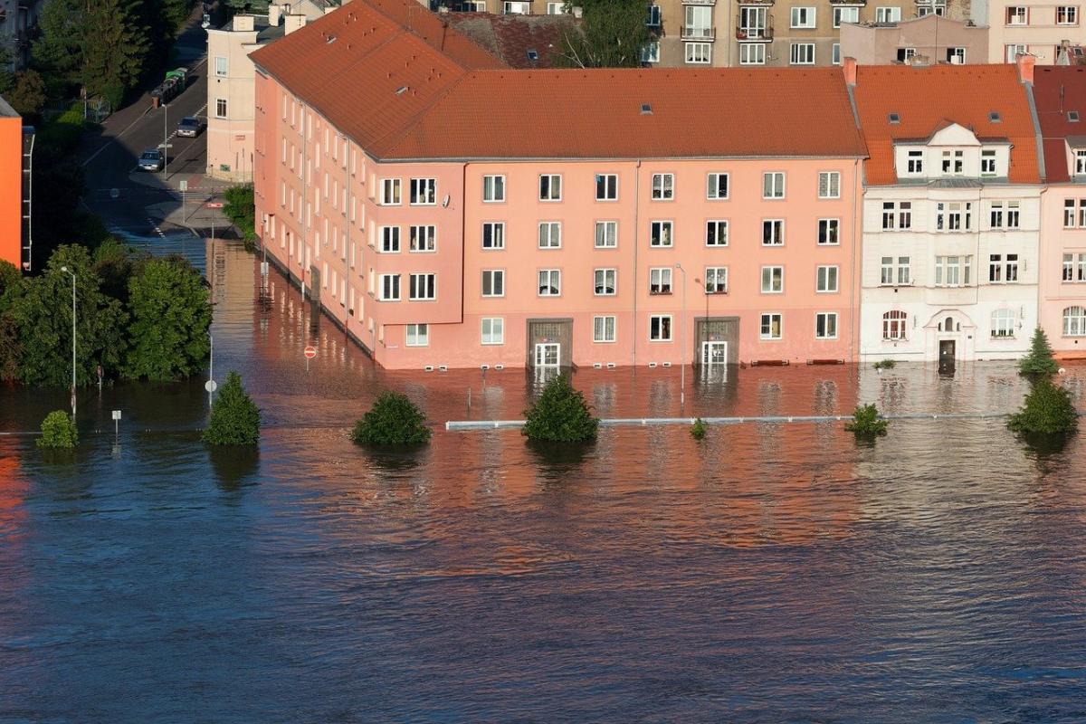 How Warmer Weather Worsens Flash Floods