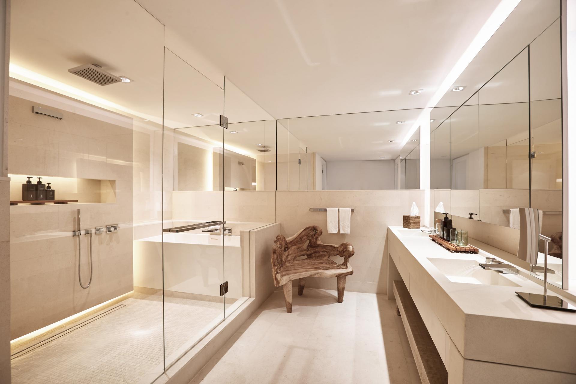 sky PH bathroom 2