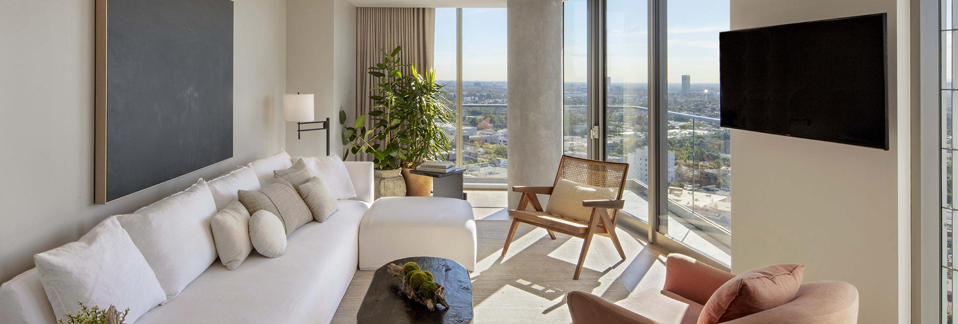 Panoramic One Bedroom WH Suite