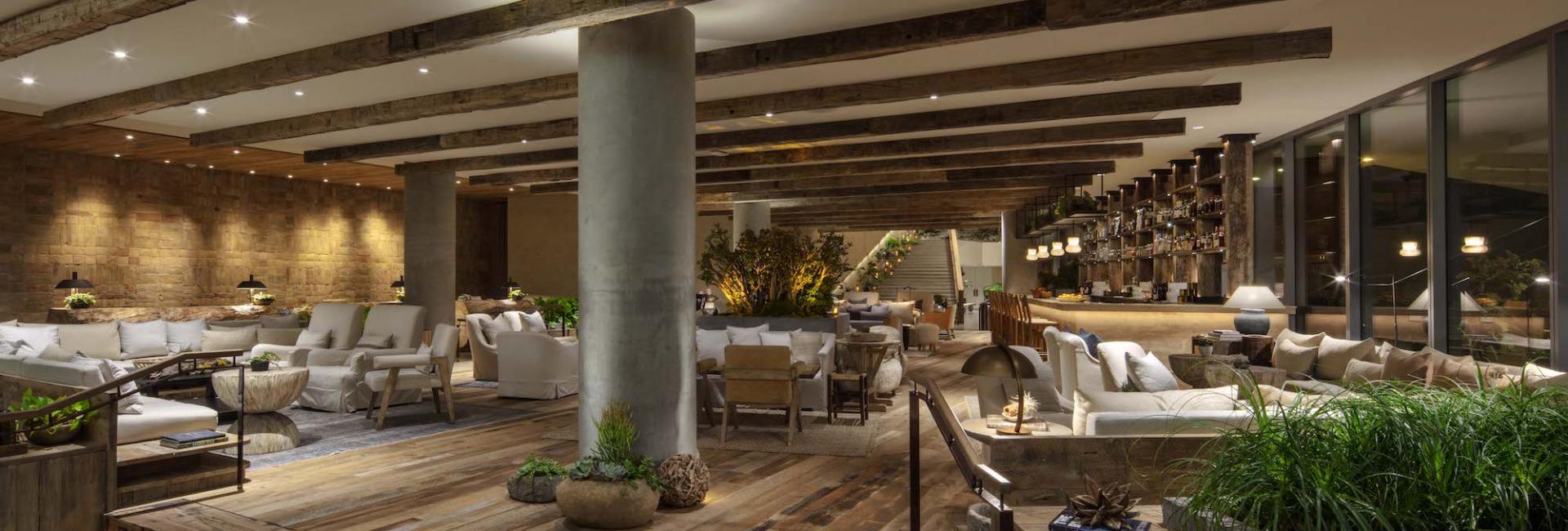 Juniper Lobby Lounge