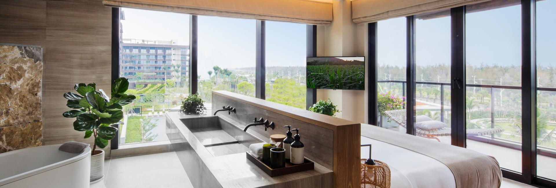 Botanic Pool View Family Suite-Bedroom