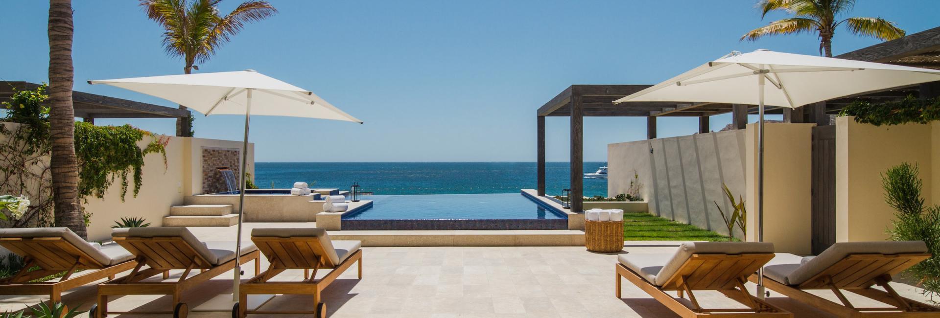 Five Bedroom Beachfront Villa Patio