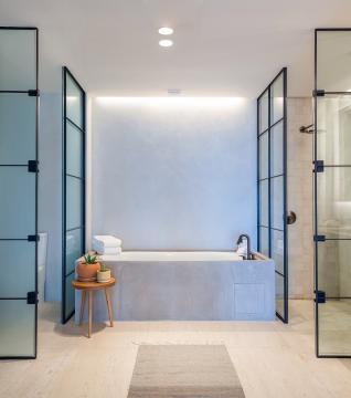 Three Bedroom Ocean View Home Bathroom