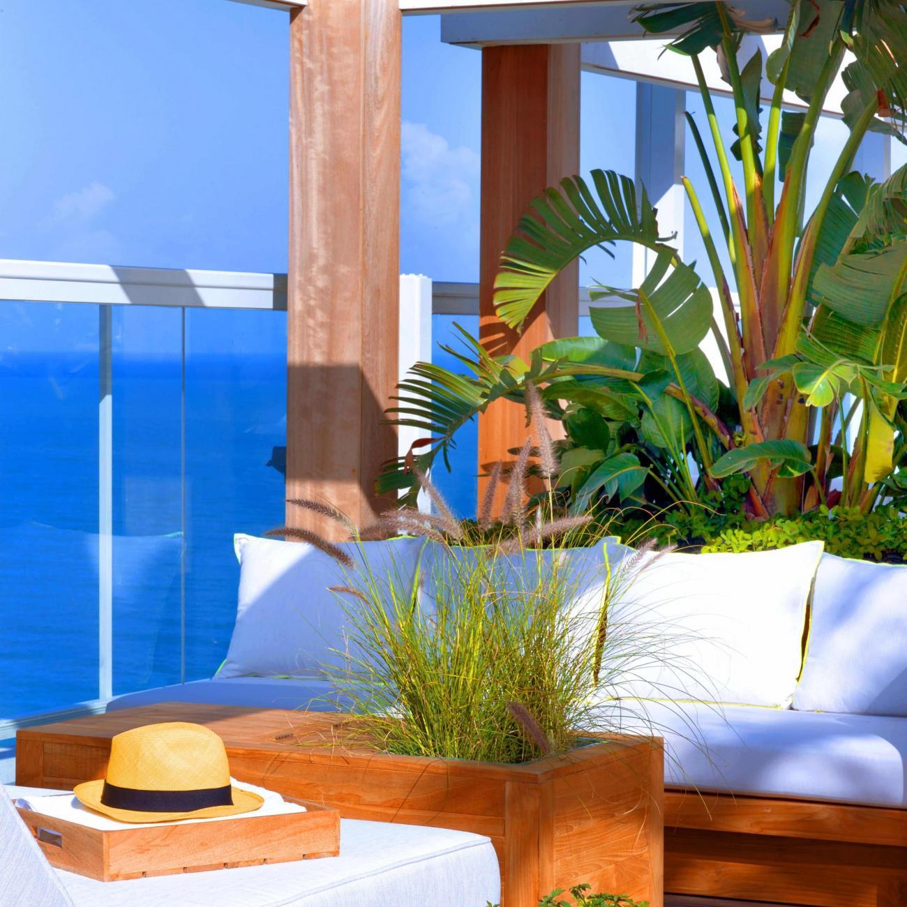 Resort Vignette - Rooftop - min